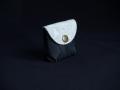 Les Cuirs de Lune - Mini porte-monnaie noir moirré blanc grisé motif fleur