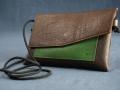 Pochette Home brun, vert prés