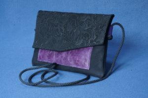 Les Cuirs de Lune - Pochette Home Nubuck Noir - Noir Imprimé Fleur - Violet vieilli